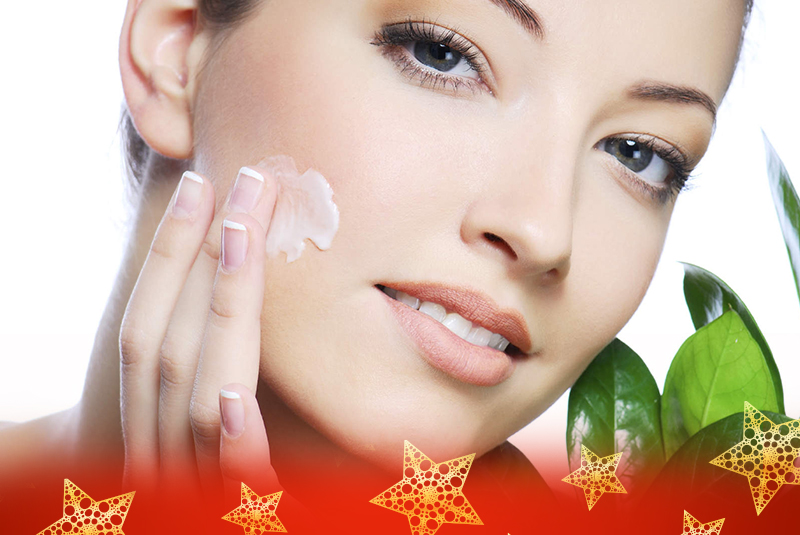 Give the Gift of Good-Looking Skin this Christmas